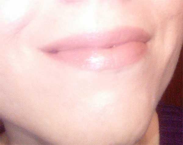 Натуральный оттенок губной помады
