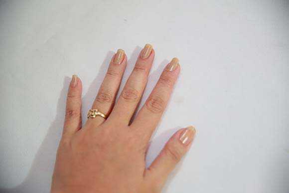 Как красить ногти на руках