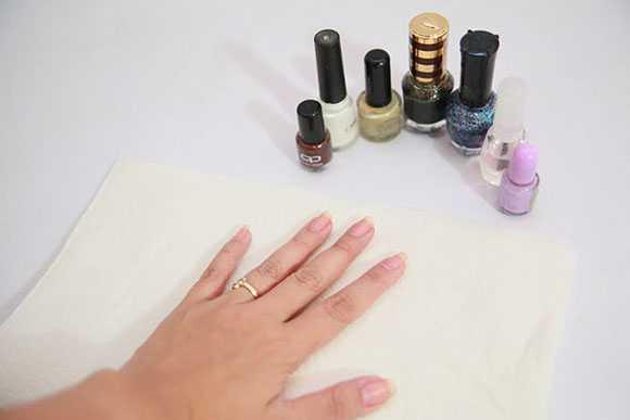 Накрасить ногти