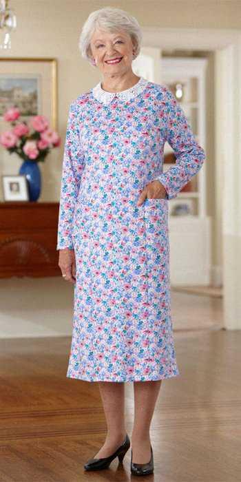Платье ниже колена с кружевным воротником