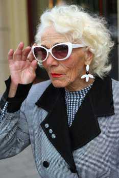 Российская пожилая женщина: фото 2