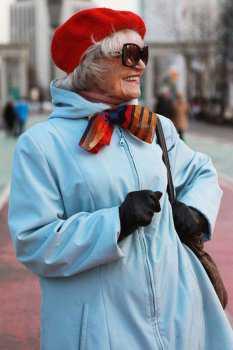Российская пожилая женщина: фото 7