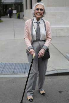 Как одеваться после 70: фото 2