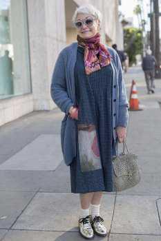 Как одеваться после 70: фото 11