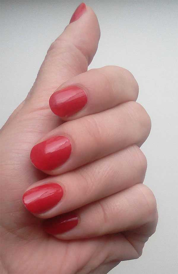 Avon Gel finish оттенок Roses are red через день